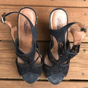 Lucky Brand Black Floral Lace Espadrilles Wedges